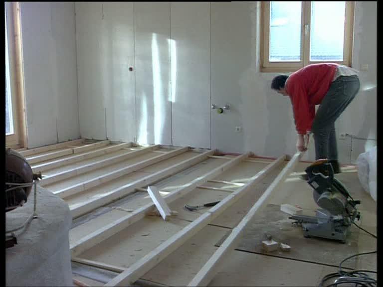 video hausbau niedrigenergie. Black Bedroom Furniture Sets. Home Design Ideas